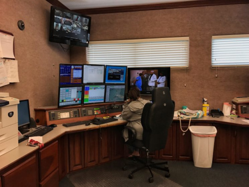 A dispatcher in Mason County's 911 center. On many days, most calls are for drug overdoses (Photo: Holly Bailey/Yahoo News)