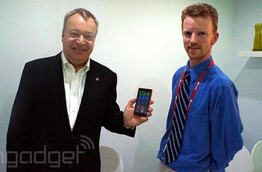 Stephen Elop: Nokia X will bring more consumers to Windows Phone