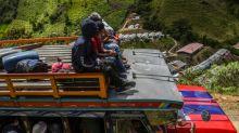 Violência provoca êxodo de ex-guerrilheiros que assinaram paz na Colômbia