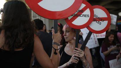 Etats-Unis: après la tuerie en Floride, où en est le débat sur les armes à feu?