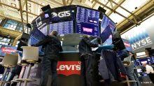 Stocks rise, Apple shares jump after bullish call