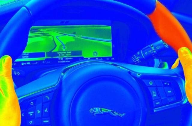 Jaguar's 'sensory steering wheel' heats up to deliver notifications