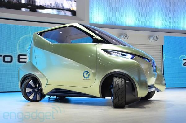 Nissan Pivo 3 extreme agility concept EV hands-on