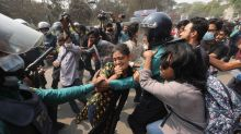 300 activists rally in Bangladesh to denounce prison death