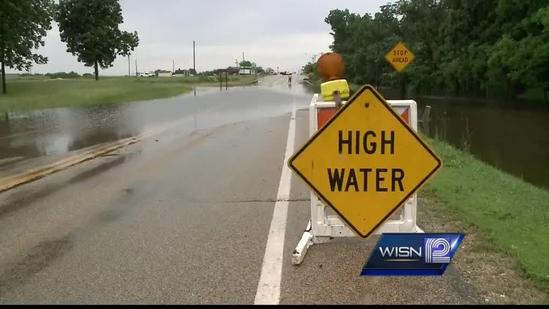 Flooding causes road closure near Delavan