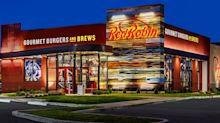 Red Robin sees both revenue and sales dip in Q3