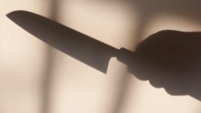Un adolescent poignarde son père parce qu'il le violait