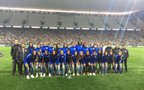 Corinthians faz mesa redonda sobre participação das mulheres no futebol