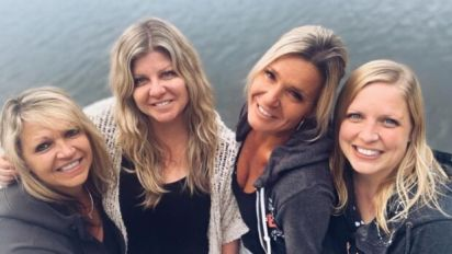 Sisters meet for the first time thanks to Google, DNA test