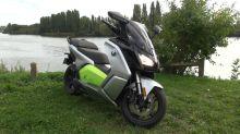 On a testé C Evolution, le scooter électrique de BMW à l'accélération époustouflante