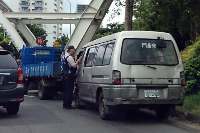 本次修正草案竟然為加重酒駕等危險駕駛的罰則令許多人感到不滿。