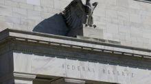 Fed deixa juros inalterados e promete manutenção até que inflação suba