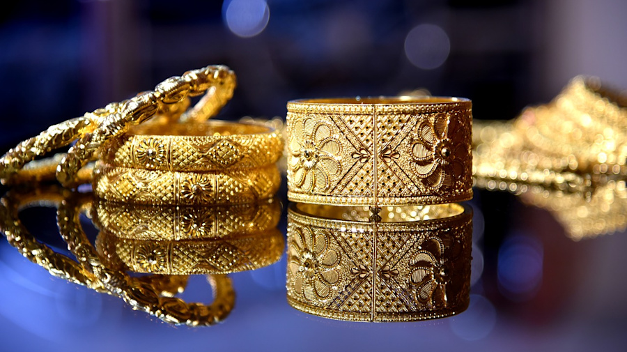 Dhanteras: Best deals on gold jewellery to buy now