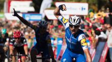 Lampaert wins second stage, takes Vuelta lead