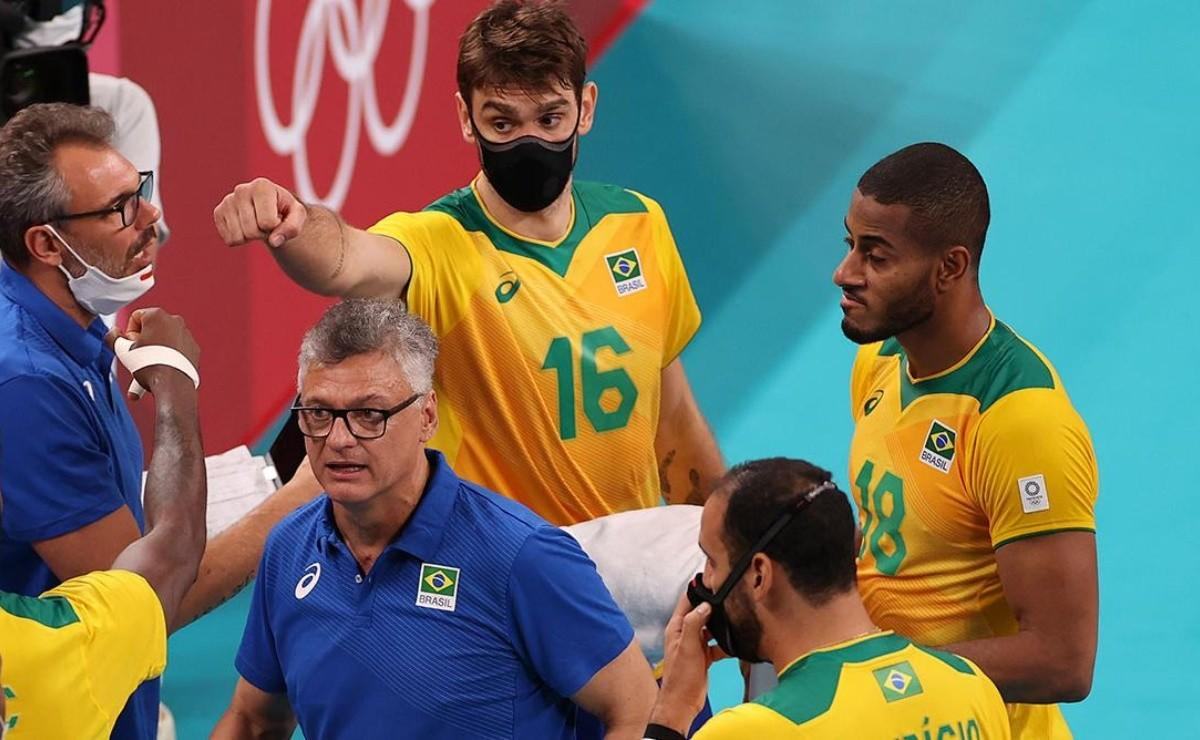 And don't they drown? Brazil, with two men with face masks, swept Tunisia in volleyball