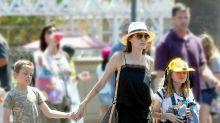Los mellizos de Angelina Jolie celebran cumpleaños en Disneyland