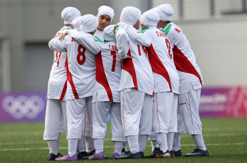 Players from the Iranian women's national team (aljazeera.com)