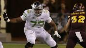 Oregon tackle to honor shooting victims at bowl