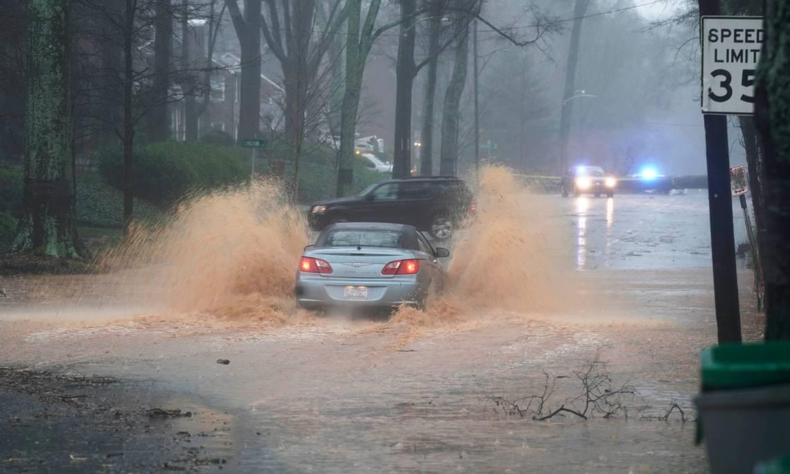 Charlotte-Mecklenburg Schools on 2-hour delay Friday following severe weather