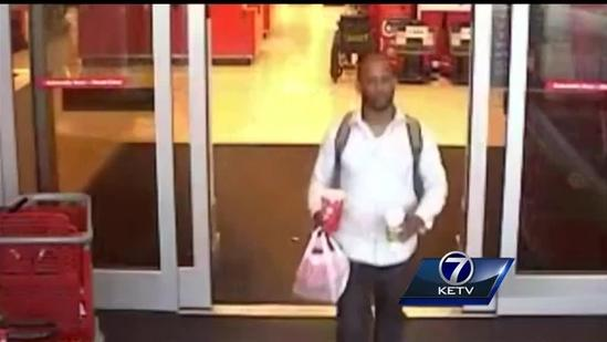 Crime Stoppers: Two shoppers use counterfeit cash