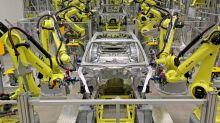 Neues Arbeiten in der Autoindustrie Software statt Schweißgerät