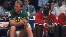 Watch Michael Jordan's priceless reaction to Larry Bird dominating 1988 3-point shootout