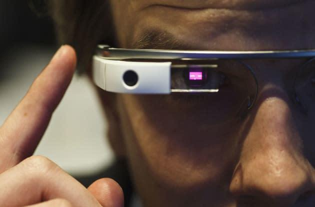 Theater chain bans Google Glass in a bid to cut down on piracy