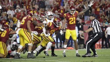 USC upsets No. 10 Utah with third-string QB