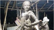 Kolkata Puja Pandal Replaces Durga Idol with Migrant Woman to Pay Tribute to Workers, Mothers