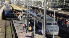French strikes to cause travel chaos for months