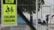 Greece quarantines second migrant camp