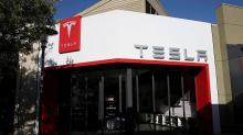 Why Tesla Was Right to Extend Its Cars' Battery Life During Irma