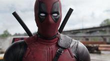 Novo pôster de 'Deadpool 2' faz paródia da obra que ilustra teto da Capela Sistina