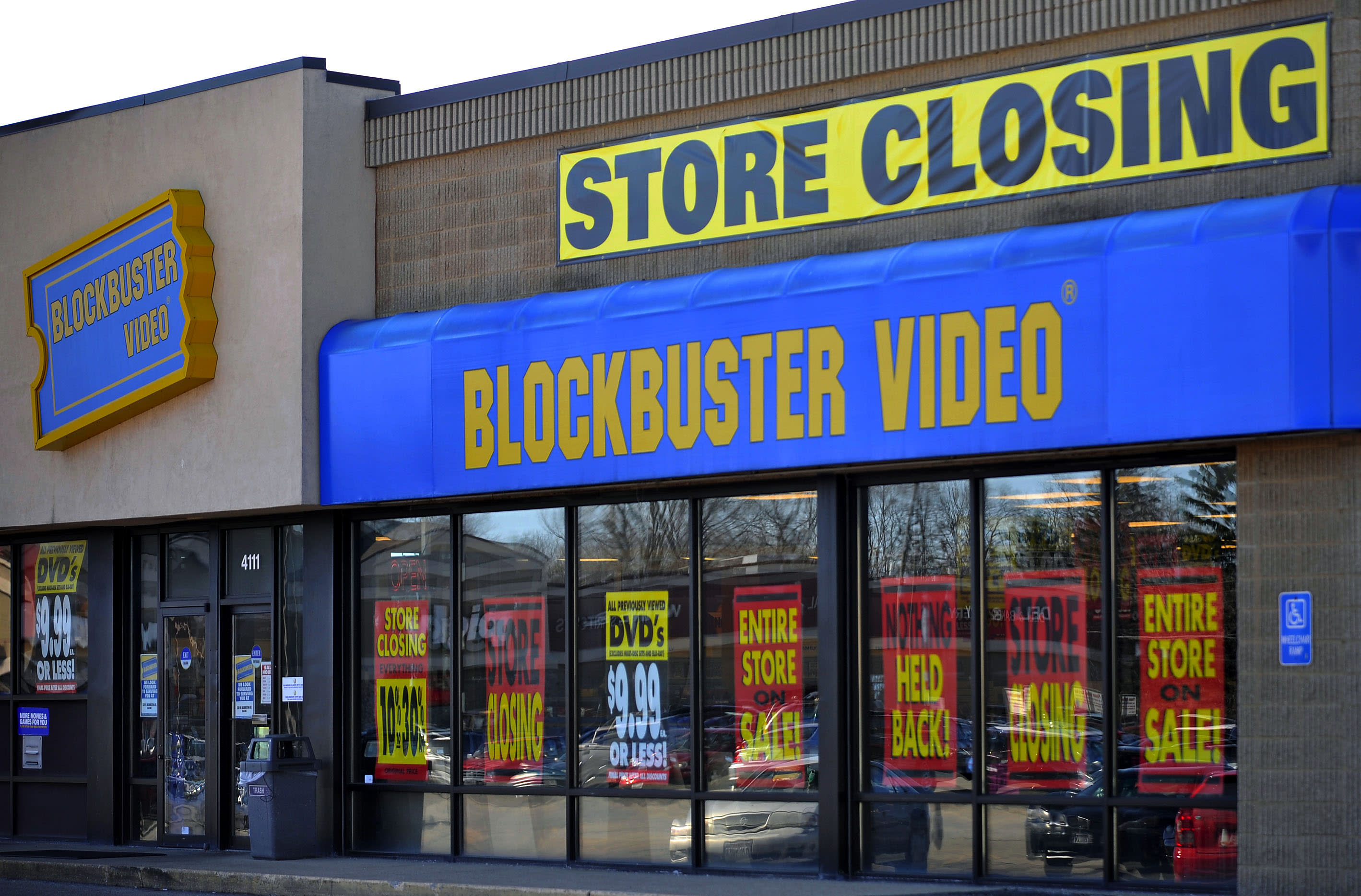 Image result for blockbuster closing