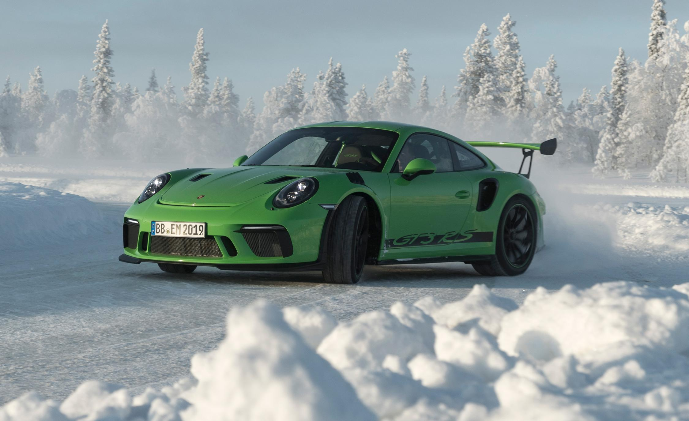 2019 Porsche 911 GT3 RS: It Looks Bad- Because It Is