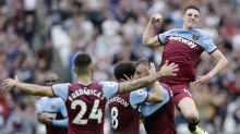 West Ham ease to 2-0 victory over poor Manchester United