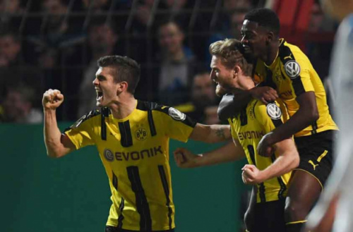 Dortmund vence Lotte e enfrenta o Bayern na semifinal da Copa da Alemanha