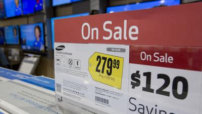 Black Friday Deals Draw Shoppers