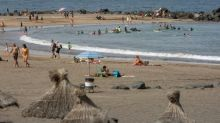 Canary Islands to insure tourists who catch virus