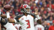 Jameis Winston has sprained AC joint, could still play