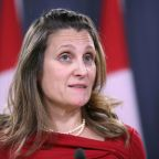 Canada warns U.S. not to politicize extradition cases