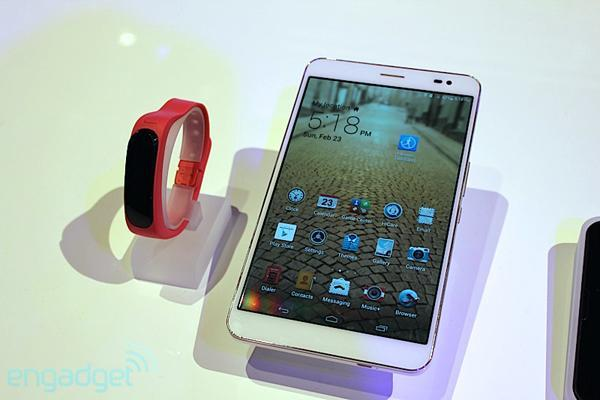Huawei MediaPad X1 sube el listón a los tablets de 7 pulgadas con función teléfono y un diseño impecable (¡en vídeo!)