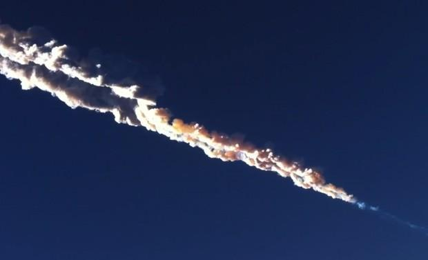 Meteorite shower crashes into Russia (video)