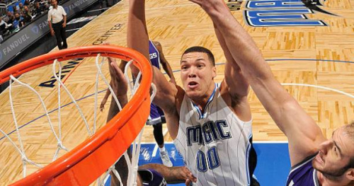 Basket - NBA - Le Top 10 de la nuit : le décollage d'Aaron Gordon