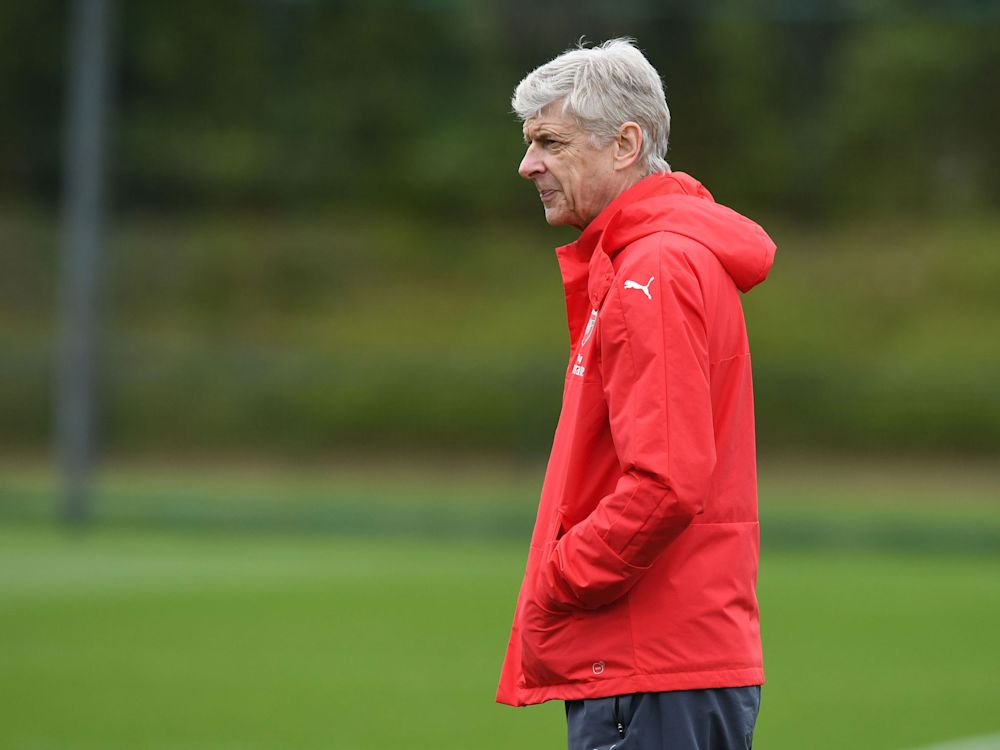 Arsene Wenger hits out at Arsenal protesters for 'wasting their day'