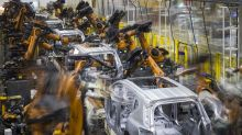 Hong Kong Bears Pile Into Short Bets on Chinese Automakers