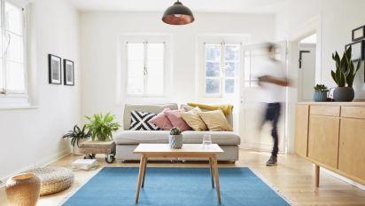Tirar 10 cosas al mes, el secreto de los hogares felices