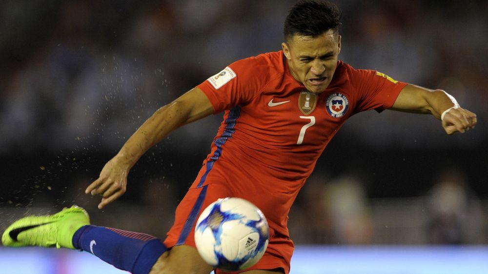 Arsenal-Star Sanchez enthüllt Statute... von sich selbst