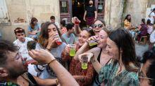 """""""On vient à peine de rouvrir qu'on nous tombe déjà dessus"""": à Angoulême, des patrons de bar agacés par les menaces de fermeture administrative"""