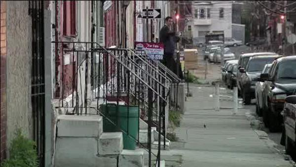 Teen's finger severed in North Philadelphia stabbing